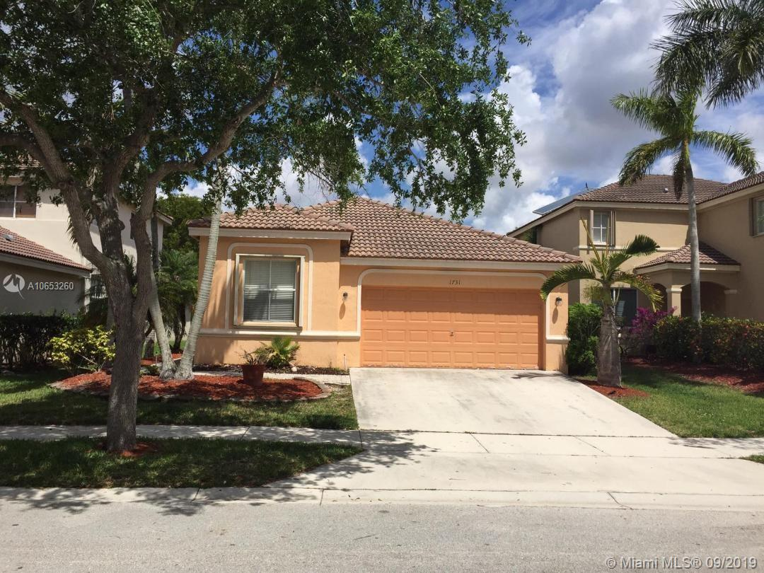 1731 Winterberry Ln, Weston FL 33327
