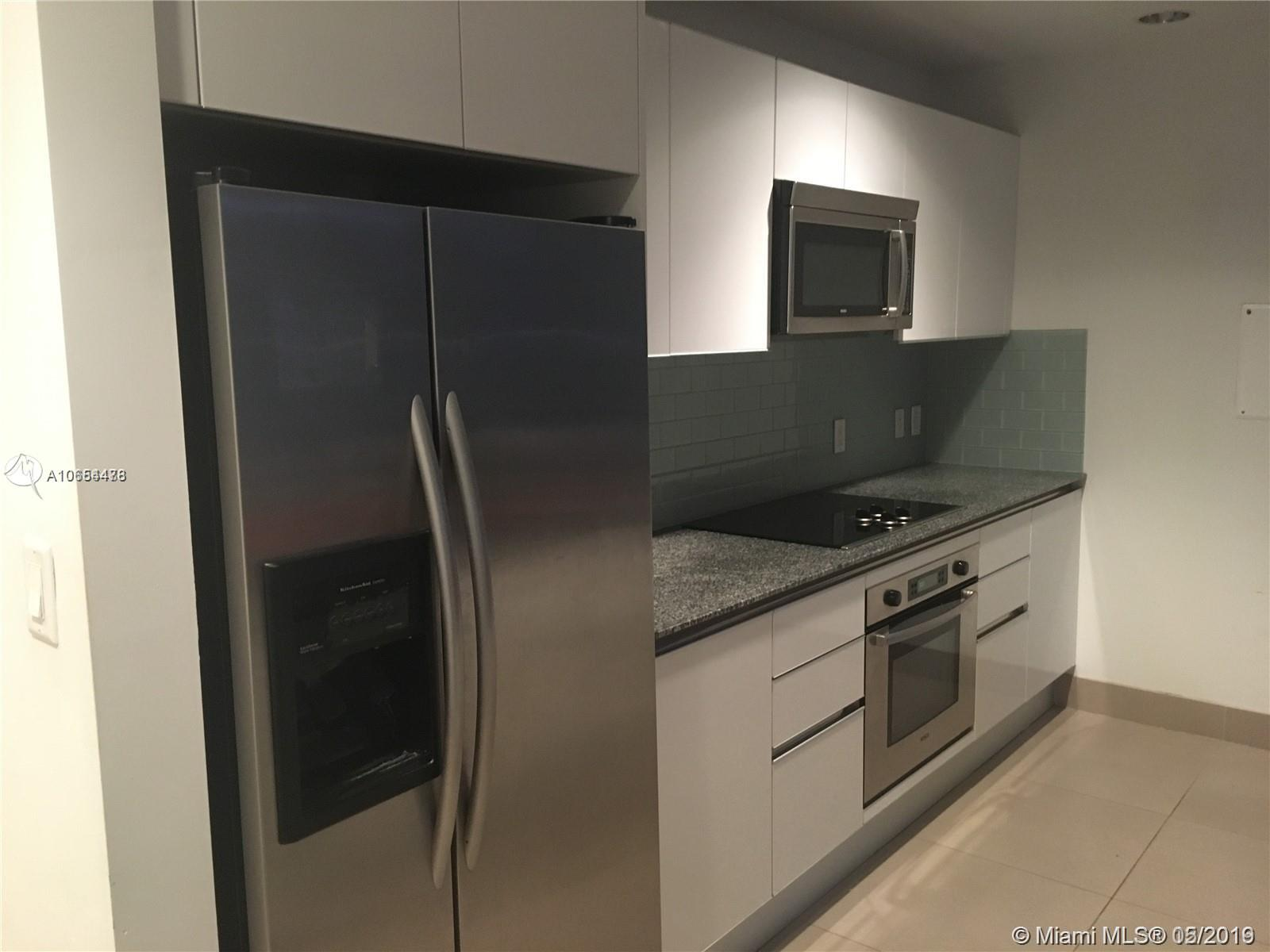 Amazing large two story loft unit. Unit with large floor to ceiling windows with nice city views. Building has a great location where you can walk to everything in Brickell area and close to Metrorail and public transportation.