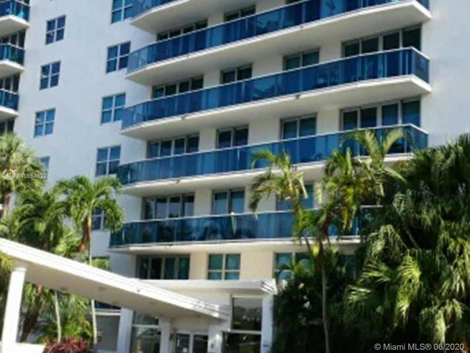 7501 E Treasure Dr #10M For Sale A10654633, FL