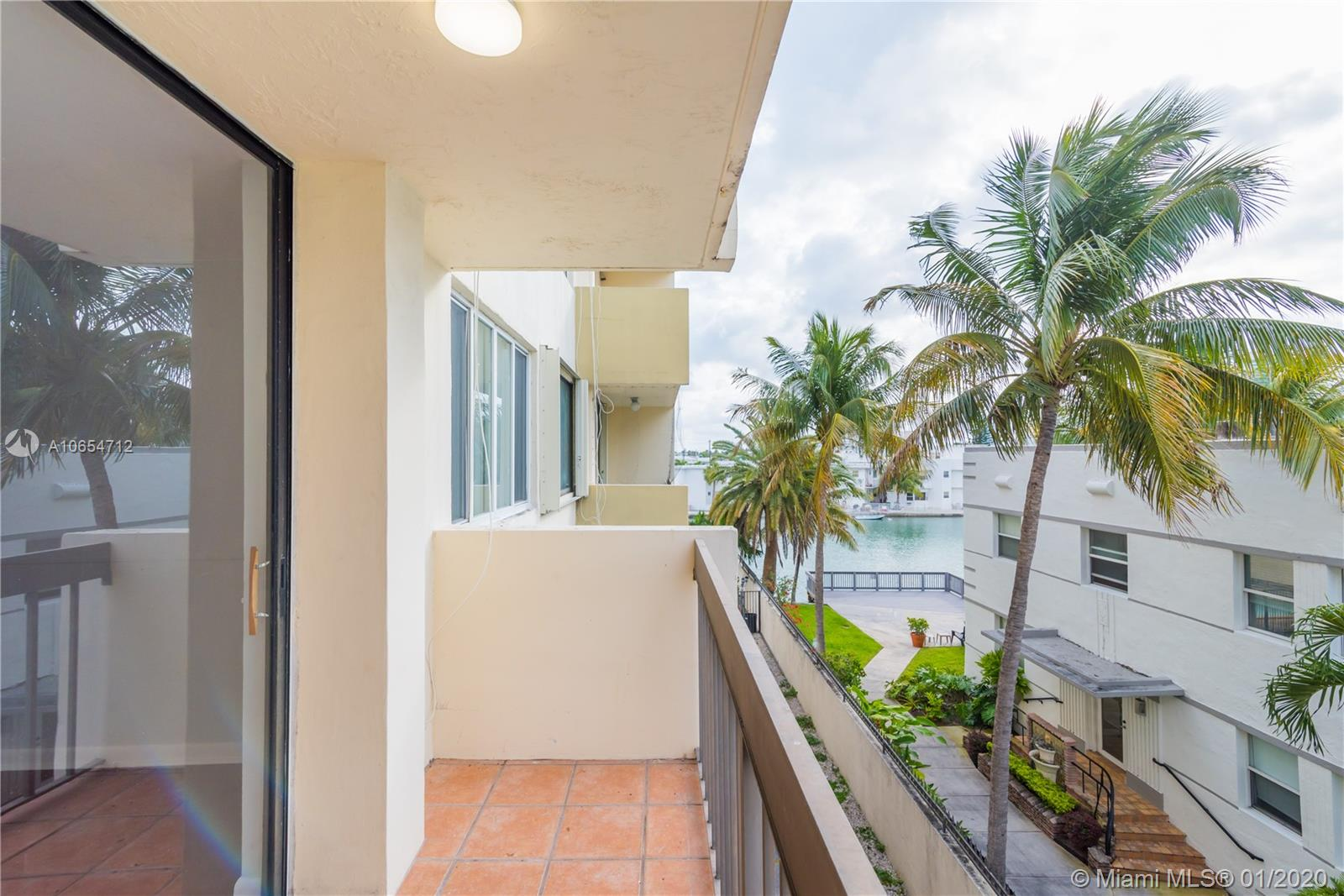 6937  Bay Dr #309 For Sale A10654712, FL