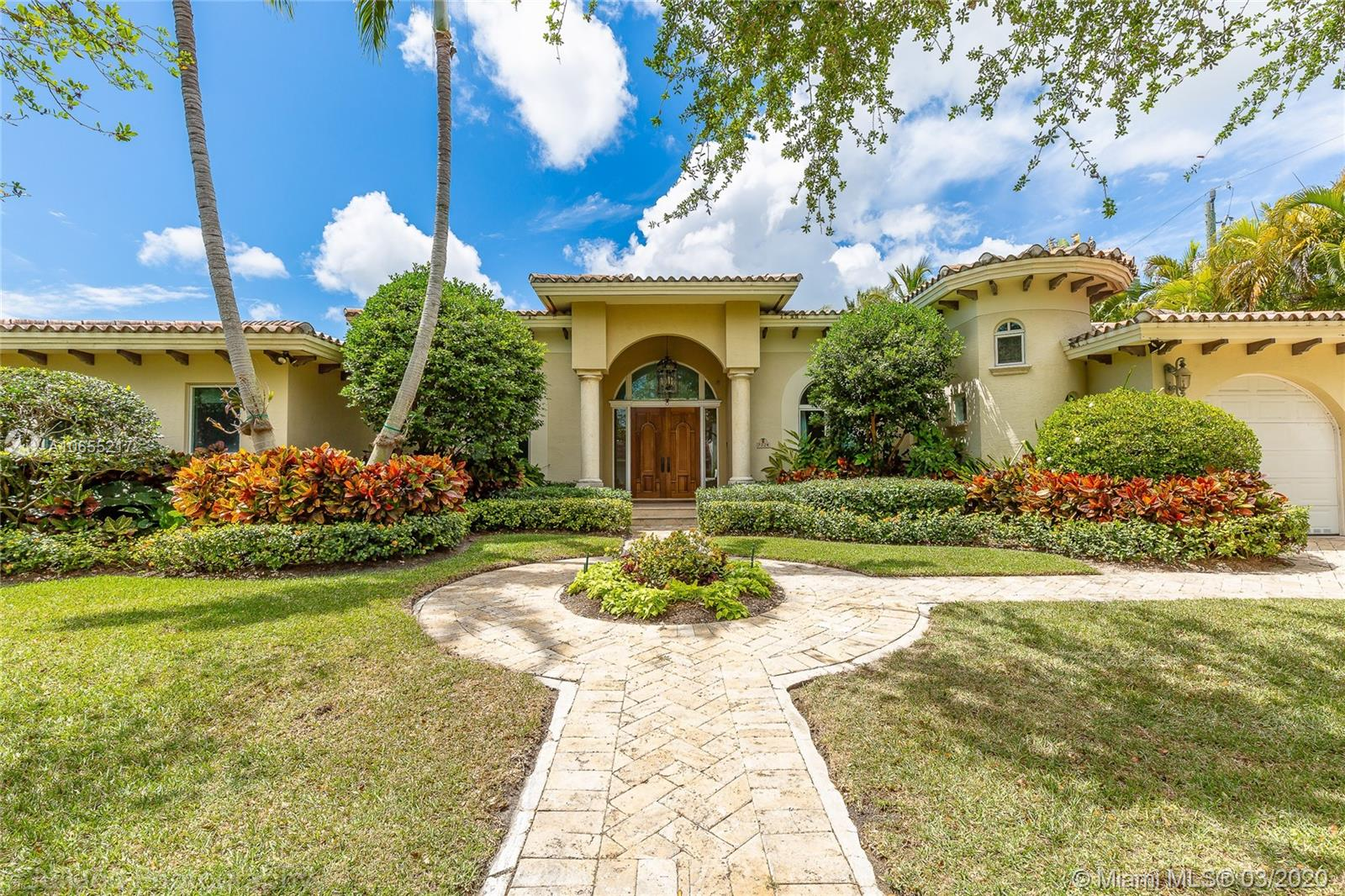 7224 SW 53rd Pl  For Sale A10655217, FL