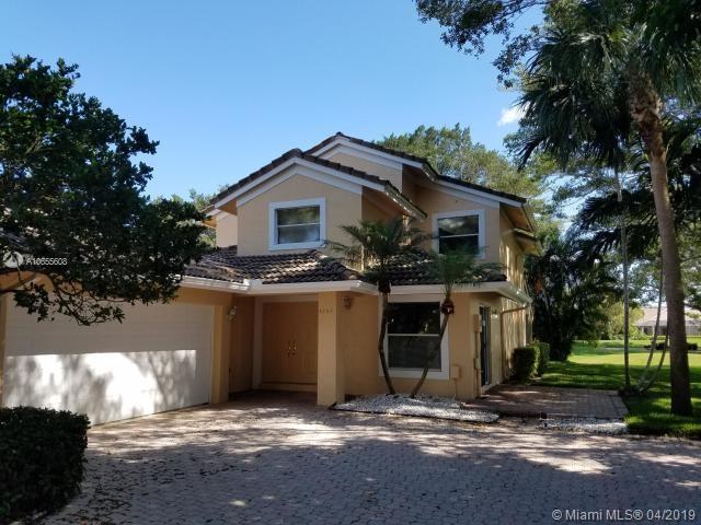 4782 Carlton Golf Dr, Lake Worth, FL 33449