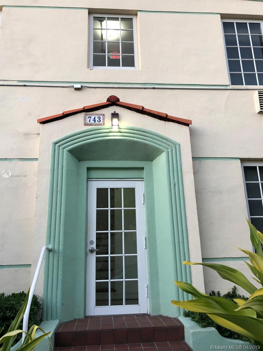 741  15th St #10 For Sale A10651146, FL