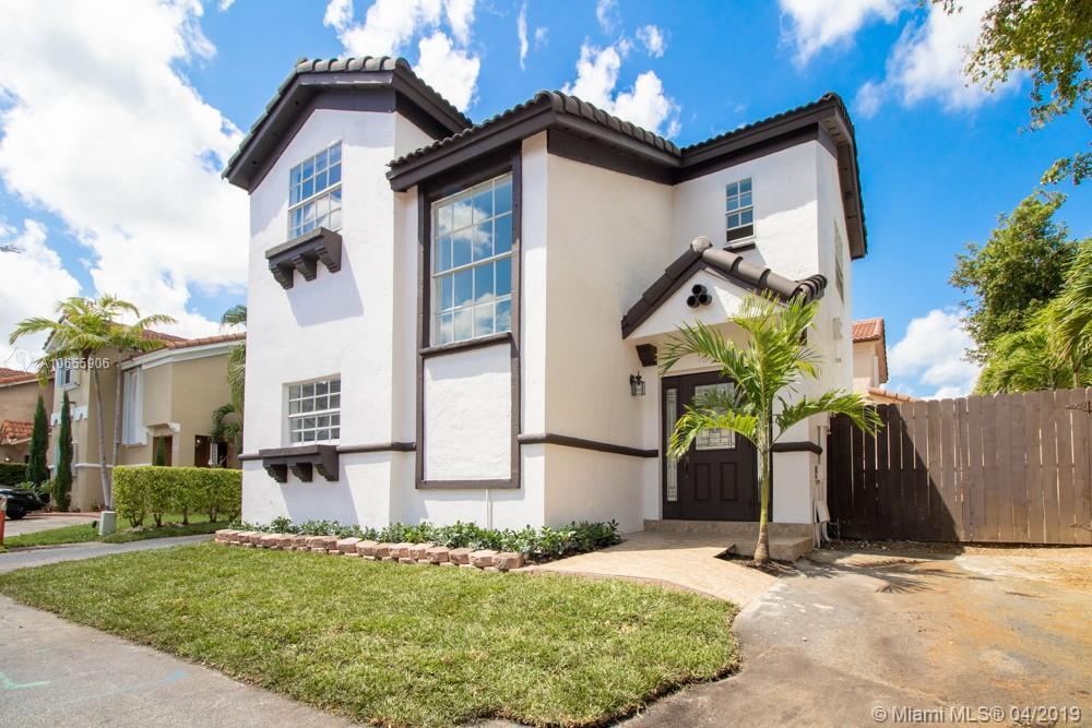 12665 NW 9 LN, Miami, FL 33182