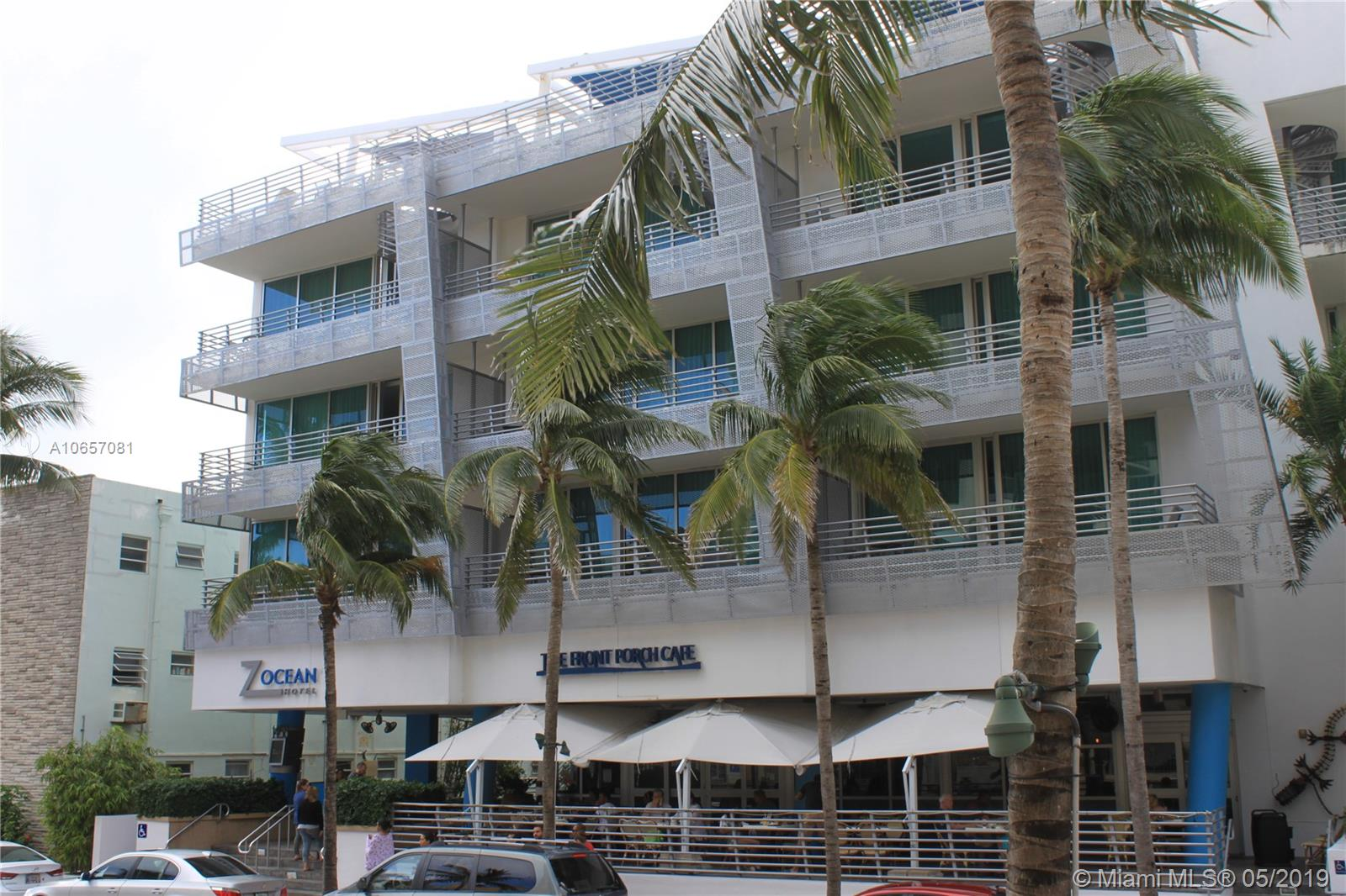1437 Collins Ave  204