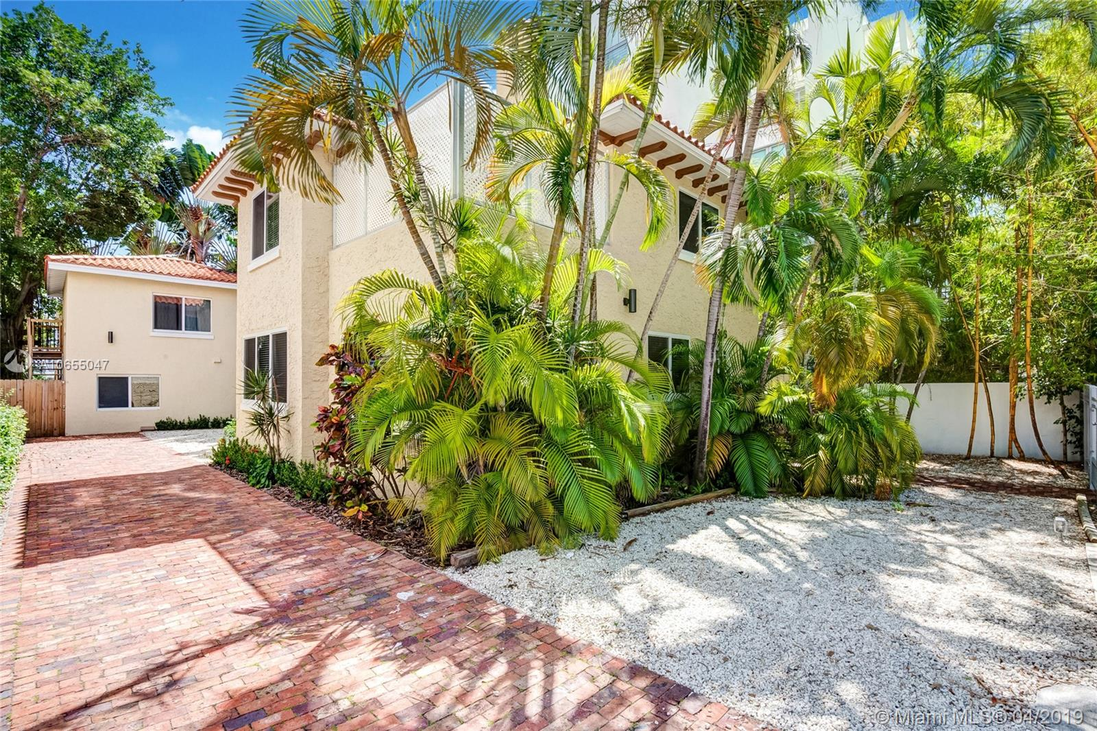 1326  16th Street  For Sale A10655047, FL