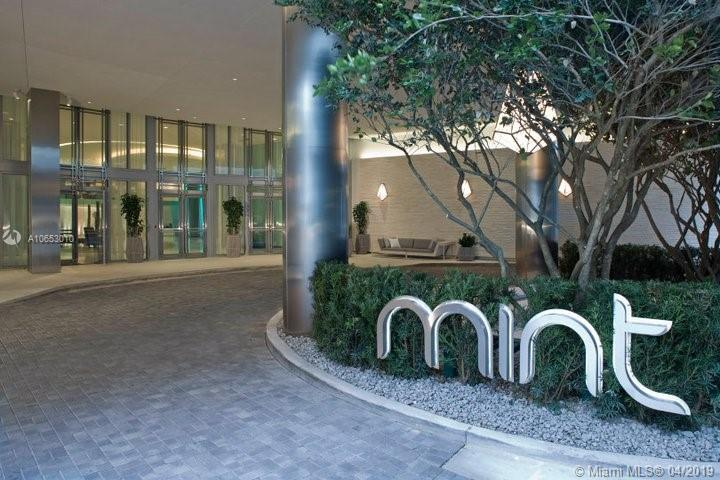 92 SW 3rd St #2805 For Sale A10653010, FL
