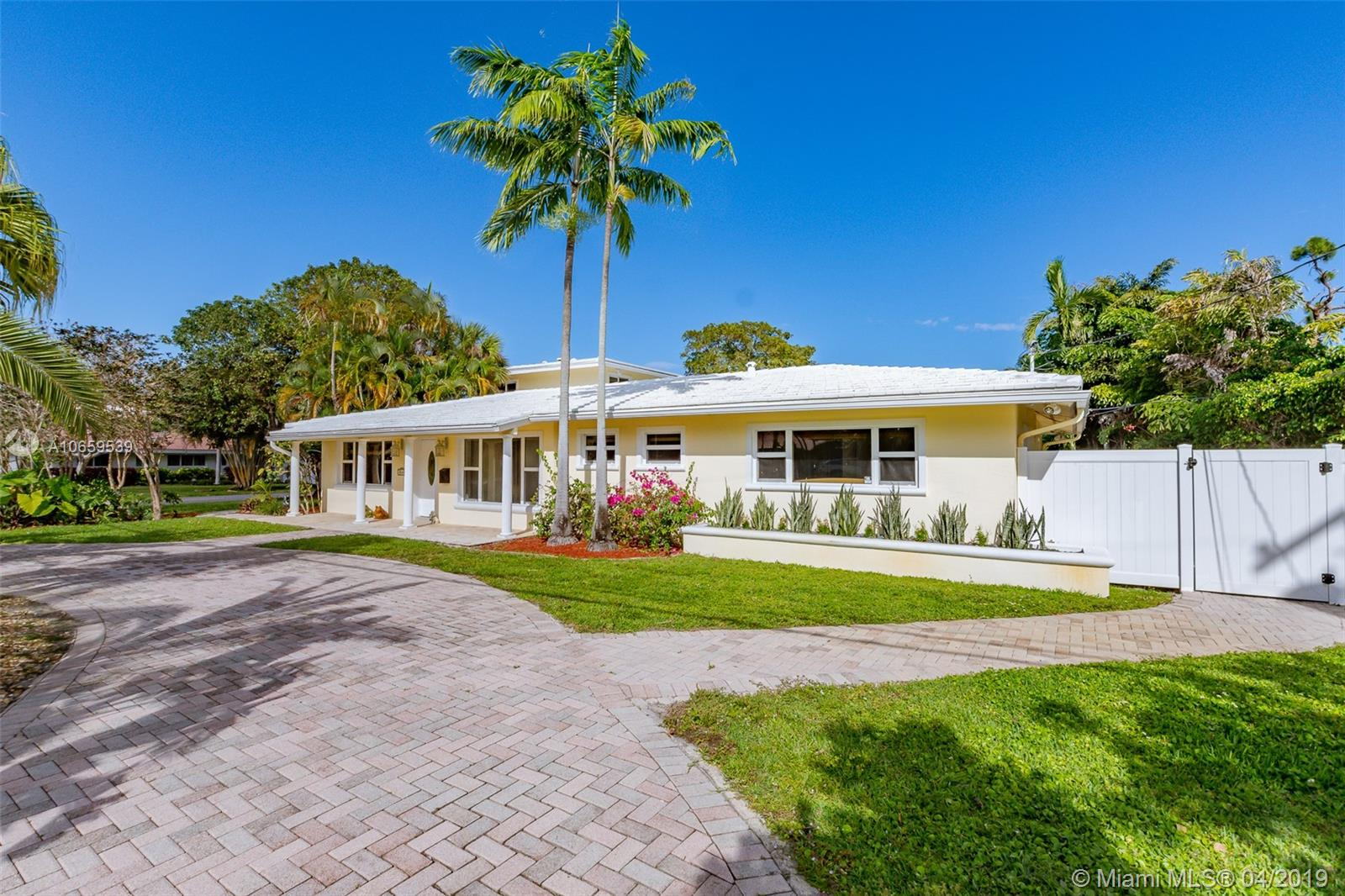2660 NE 26th Ter, Fort Lauderdale, FL 33306