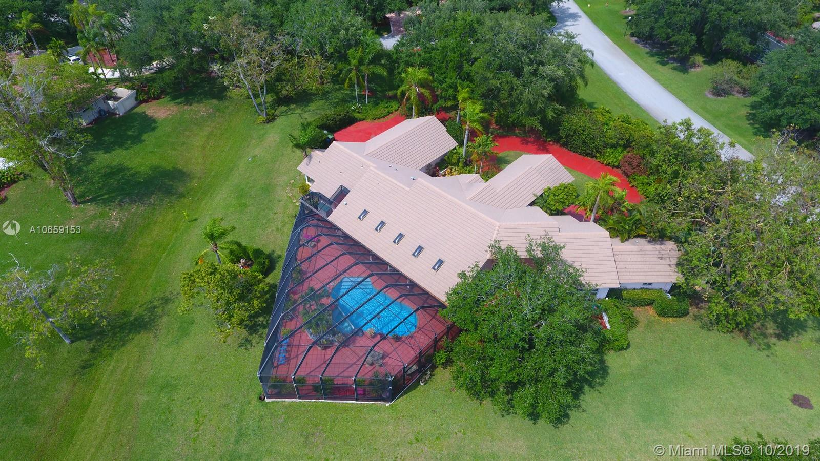 2975  Luckie Rd  For Sale A10659153, FL