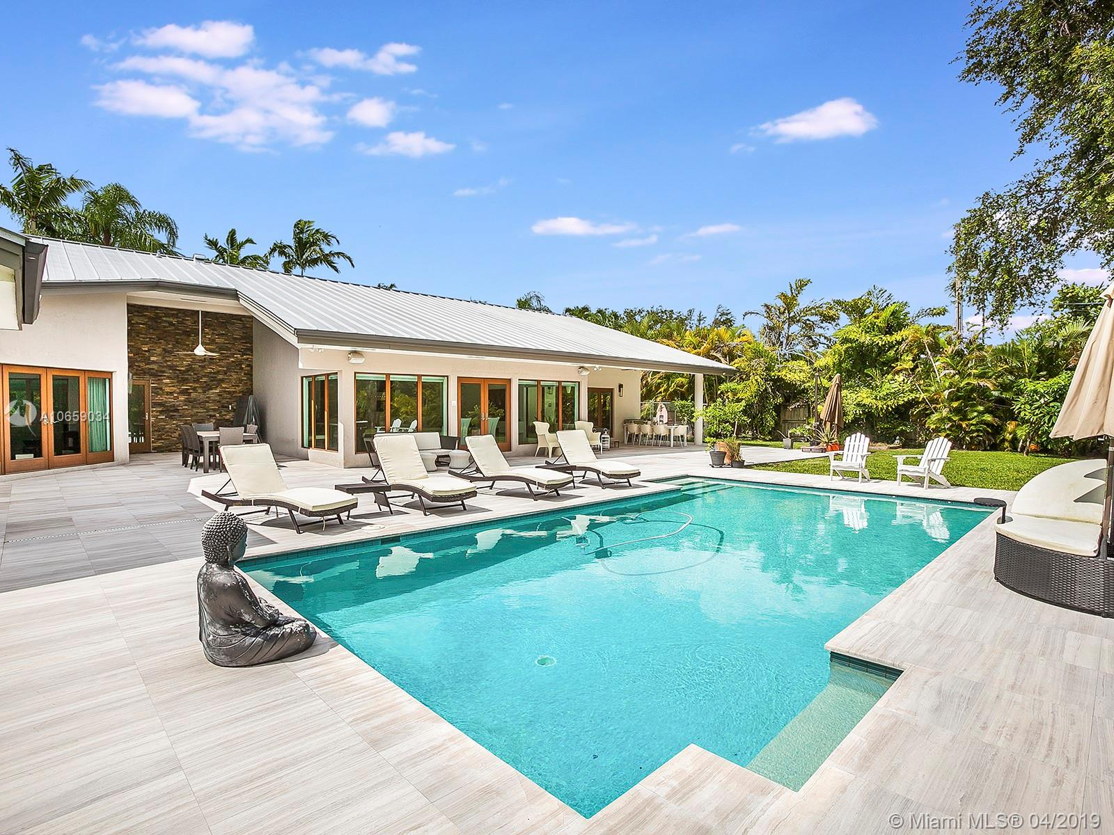7745 S W 122nd St  For Sale A10659034, FL