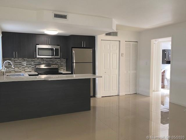 3101 SW 27th Ave #101 For Sale A10660355, FL