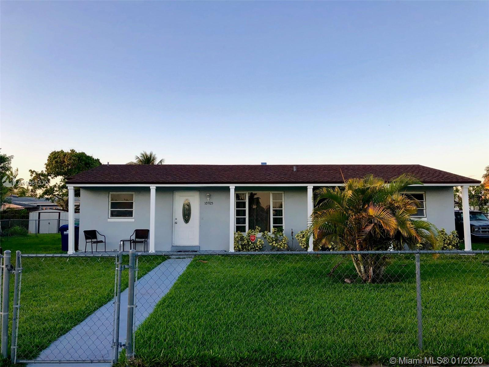 10925 SW 142nd Ln  For Sale A10661570, FL