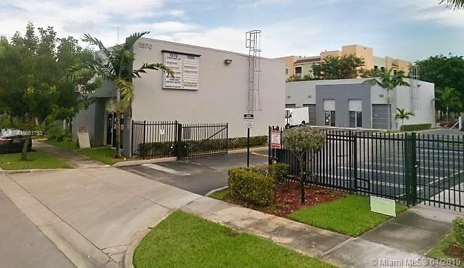 1580 W 38 PL  For Sale A10661753, FL