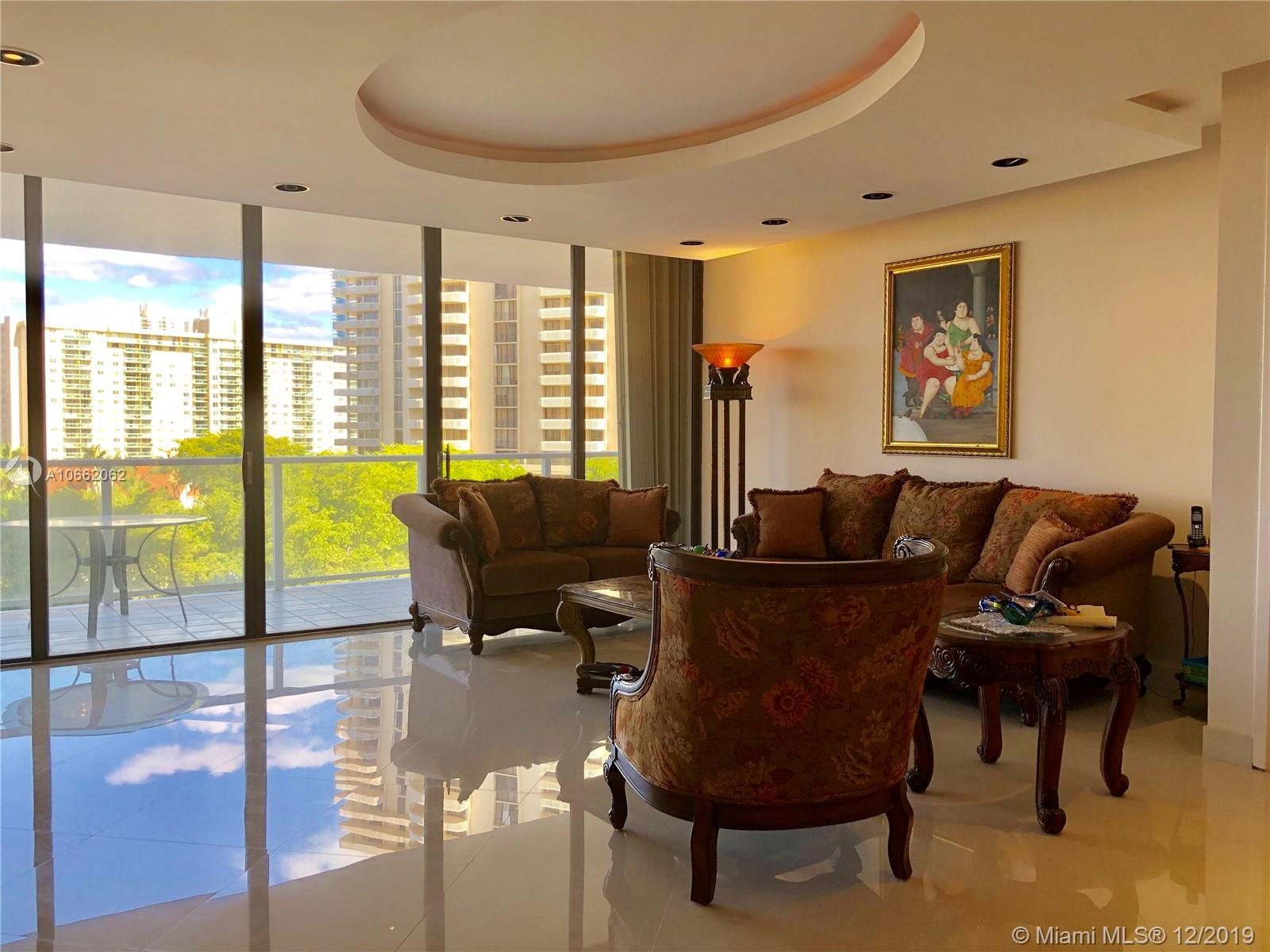 19500  Turnberry Way #5F For Sale A10662062, FL