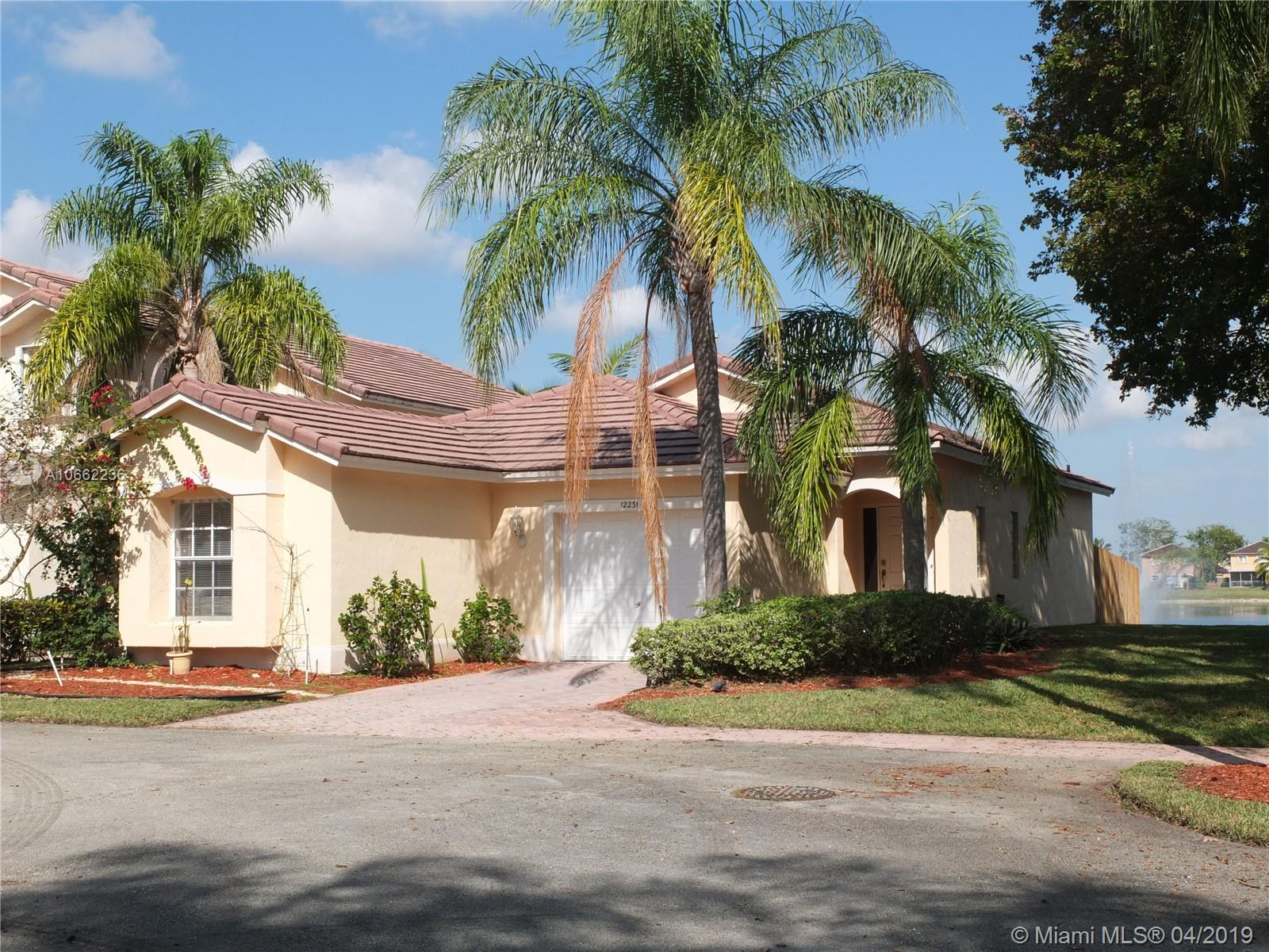 12231 SW 143rd Ln  For Sale A10662236, FL