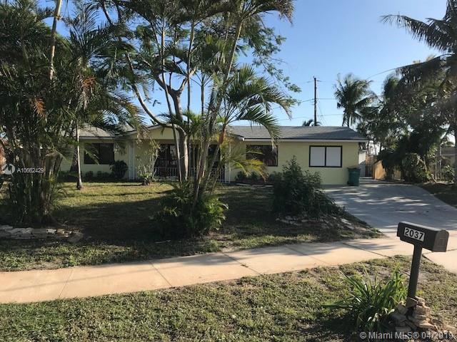 2037 6th Ct S, Lake Worth, FL 33461