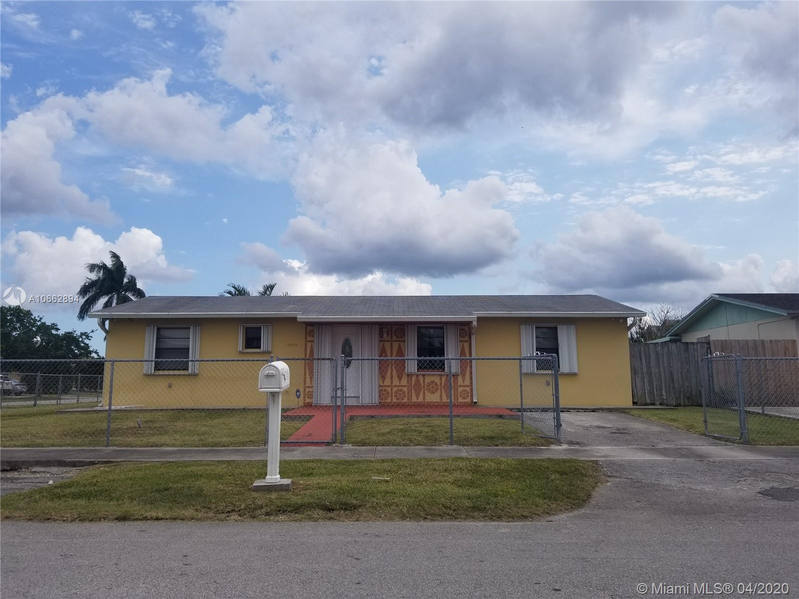 Great property in an excellent area in the heart of Homestead. Corner lot. Next to shopping malls, schools, and Turnpike. 30 mnts from the ocean. Everything you need in one location. Well maintained, tile throughout the house.  Back yard has space for a pool. Also excellent investment opportunity. DON'T LET IT PASS !!!