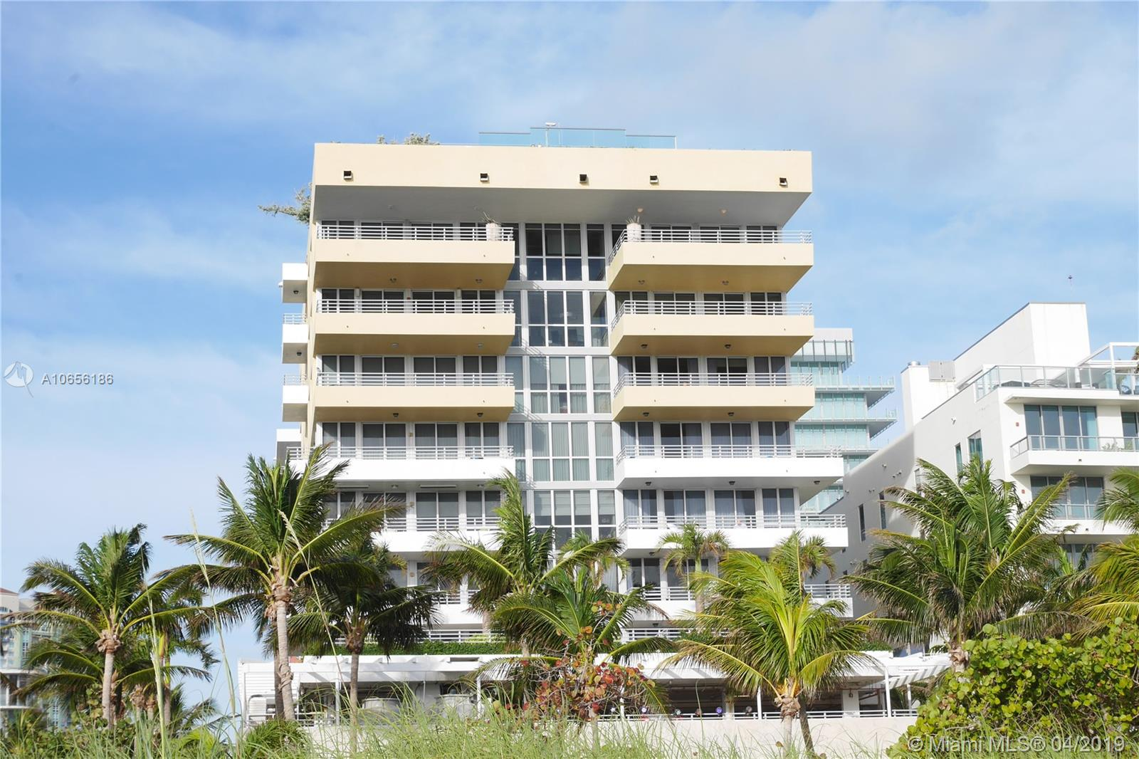 101  Ocean Dr #902 For Sale A10656186, FL