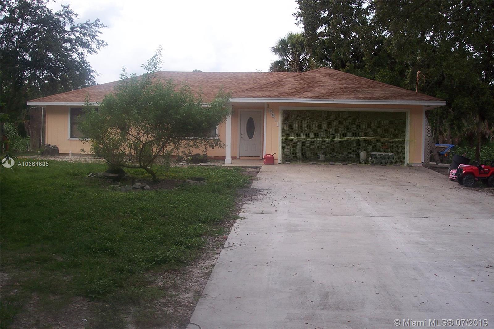 16611 N 60th St N, Loxahatchee, FL 33470