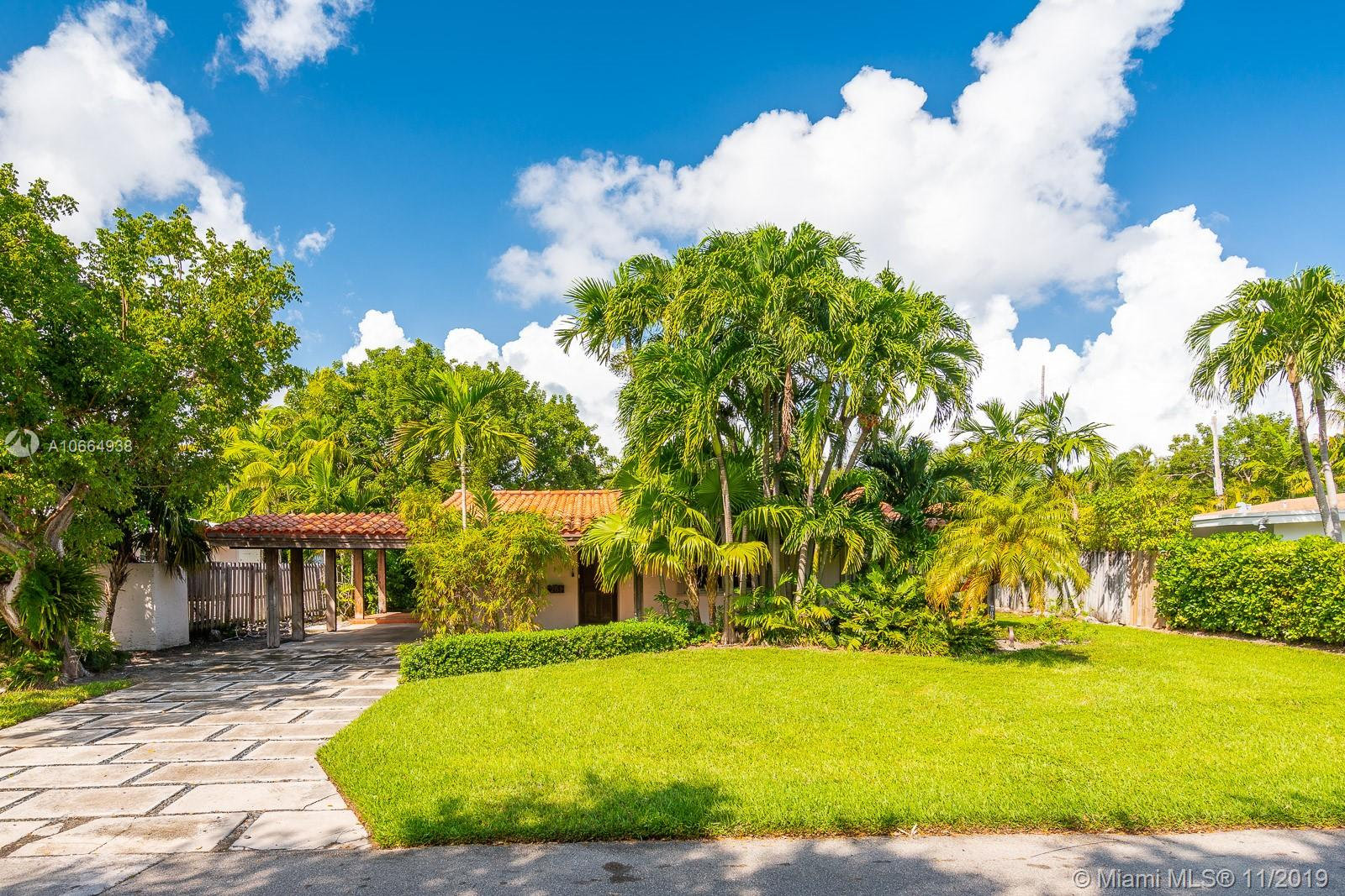 261  Greenwood Dr  For Sale A10664938, FL