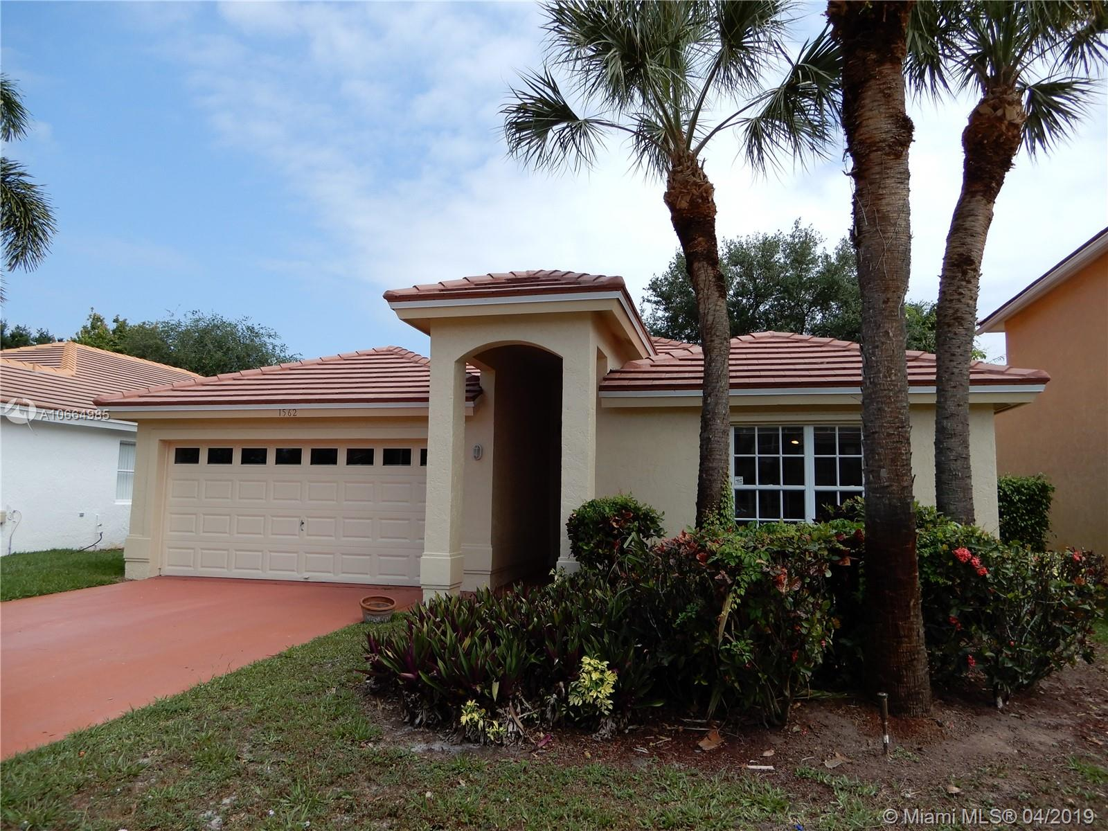 1562 S Club Dr  For Sale A10664985, FL