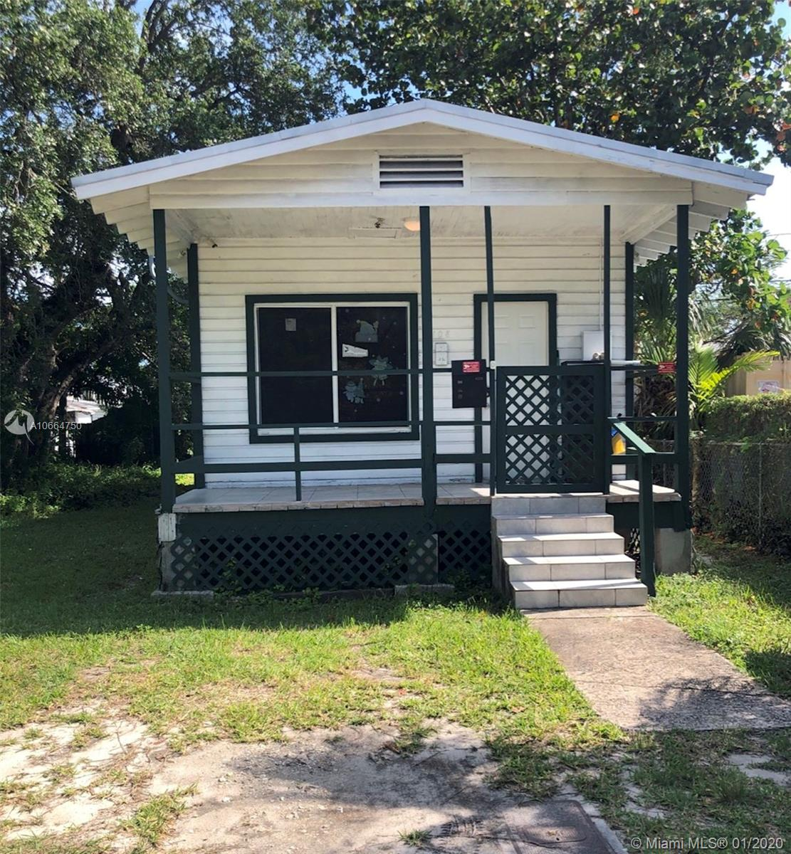 108  Oak Ave  For Sale A10664750, FL