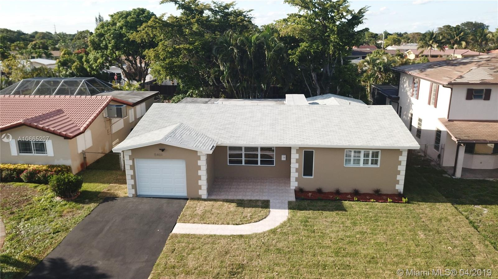 5401  Mckinley St  For Sale A10665207, FL