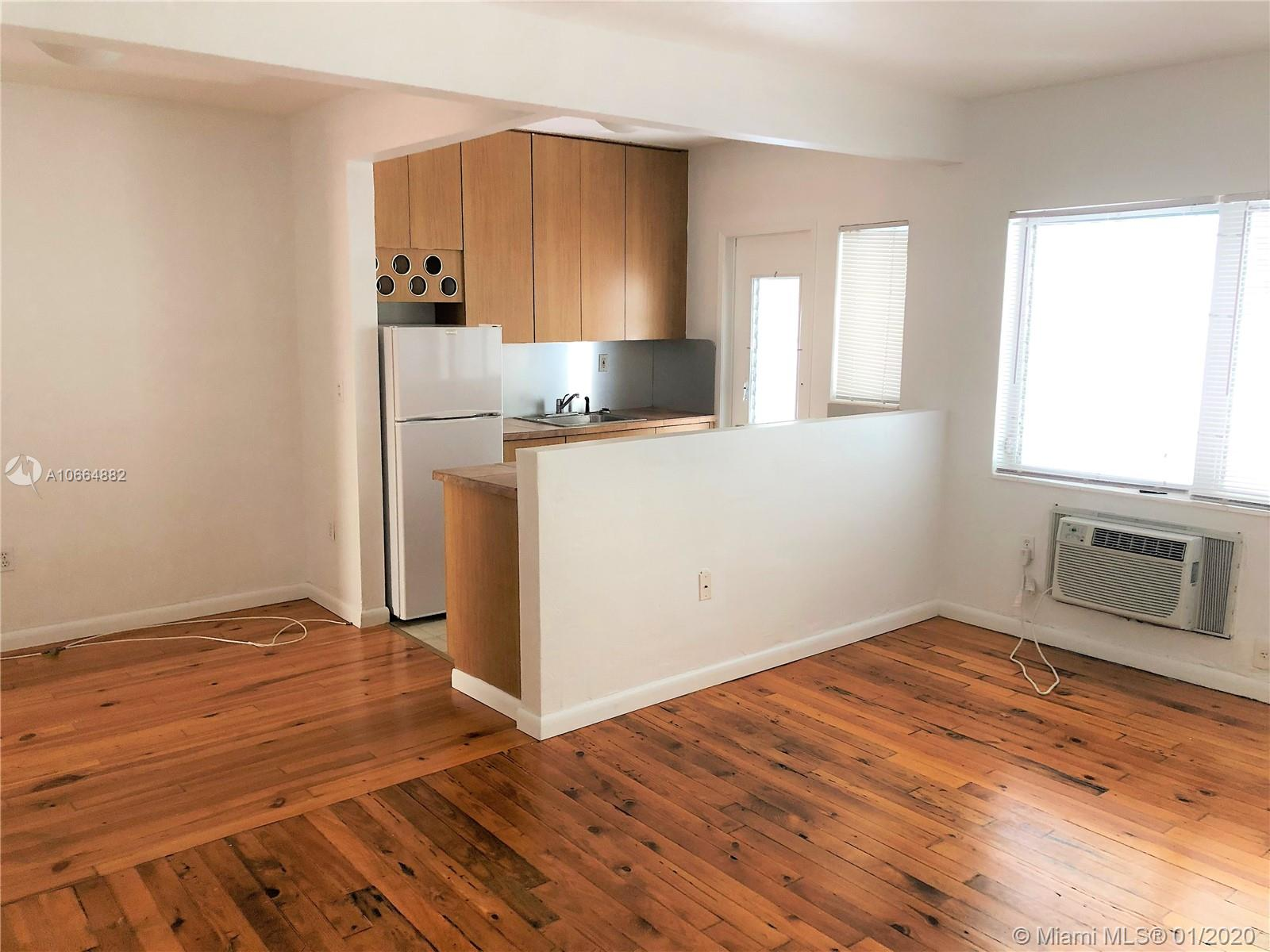 835  Meridian Ave #8 For Sale A10664882, FL