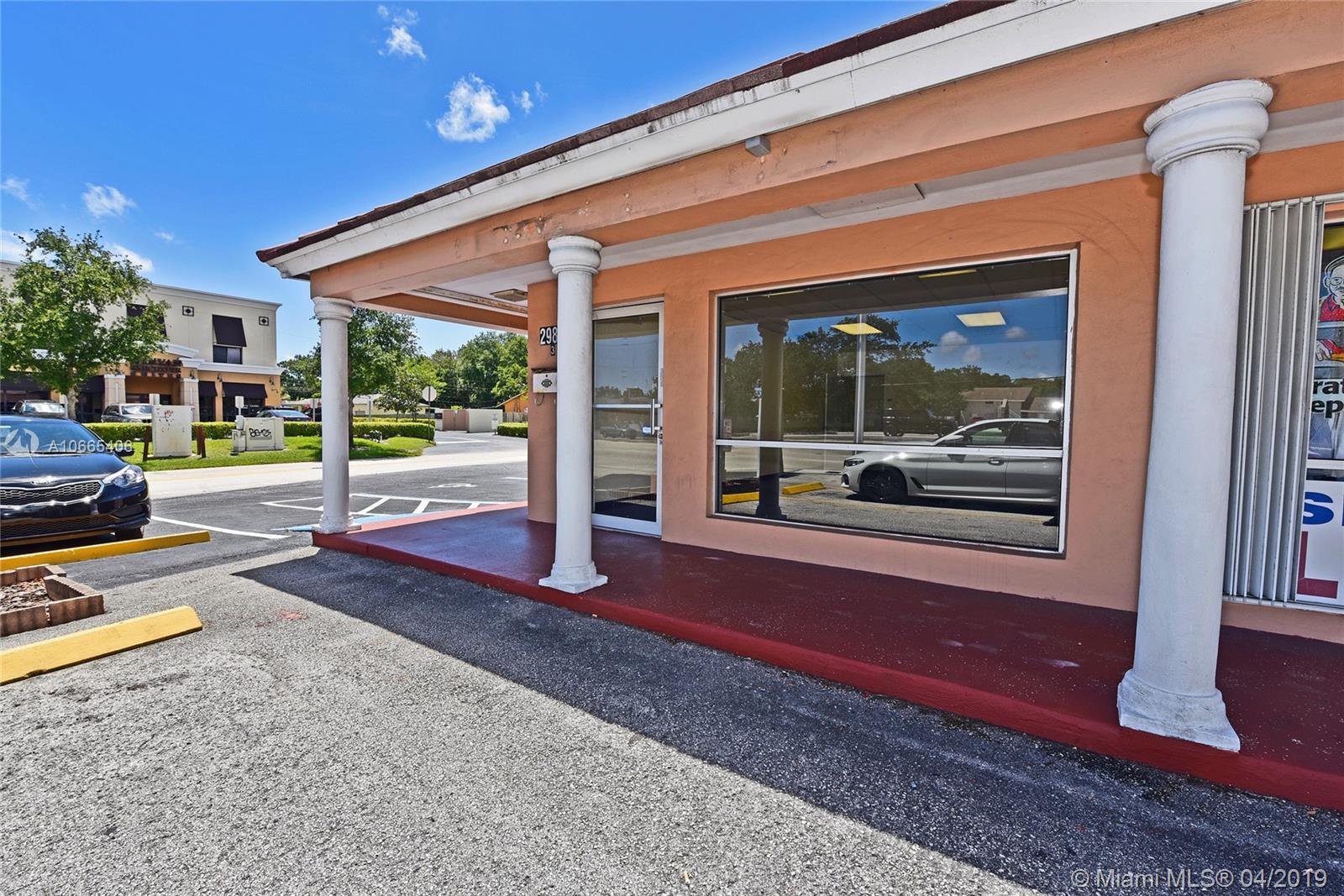 2980 Griffin Rd, Dania Beach, FL 33312