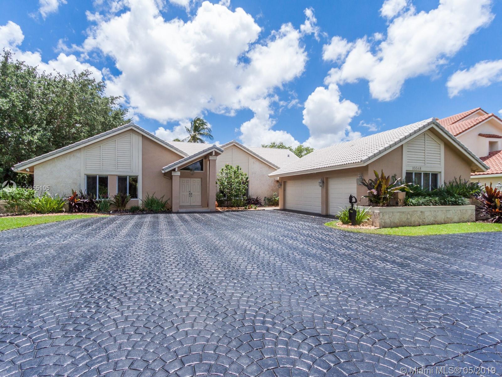 10068 Vestal Place, Coral Springs, FL 33071