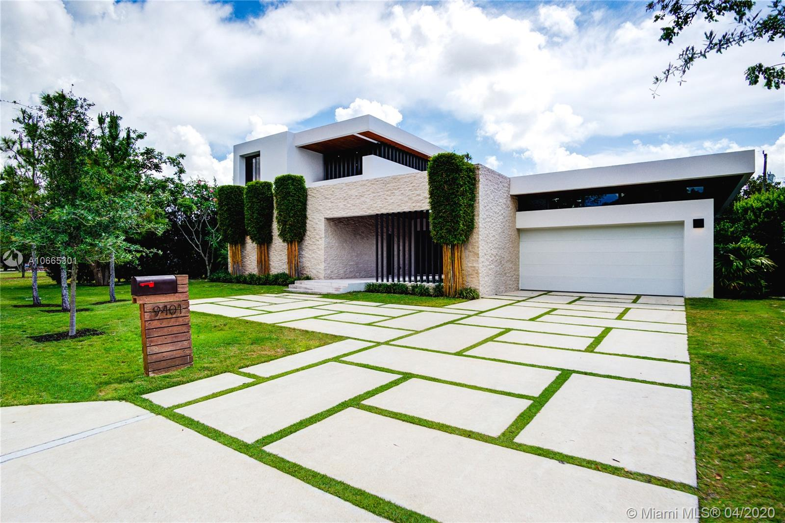 9401 SW 73rd Ave  For Sale A10665301, FL