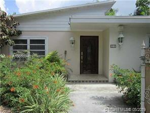 2627 NE 213th St  For Sale A10666941, FL