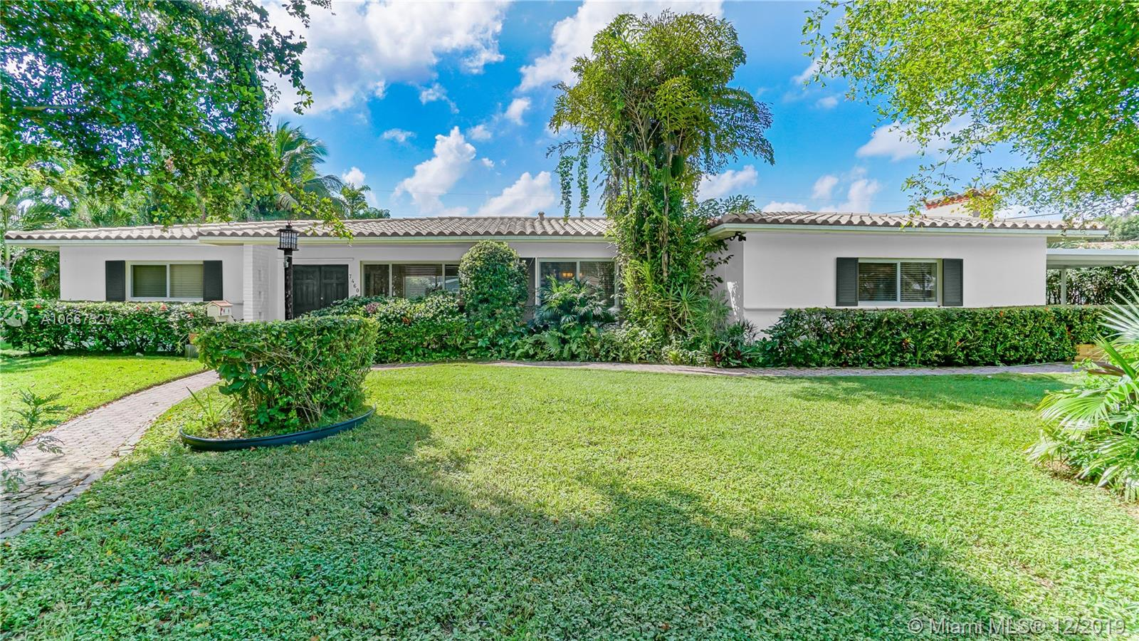 7460 SW 126th St  For Sale A10667327, FL