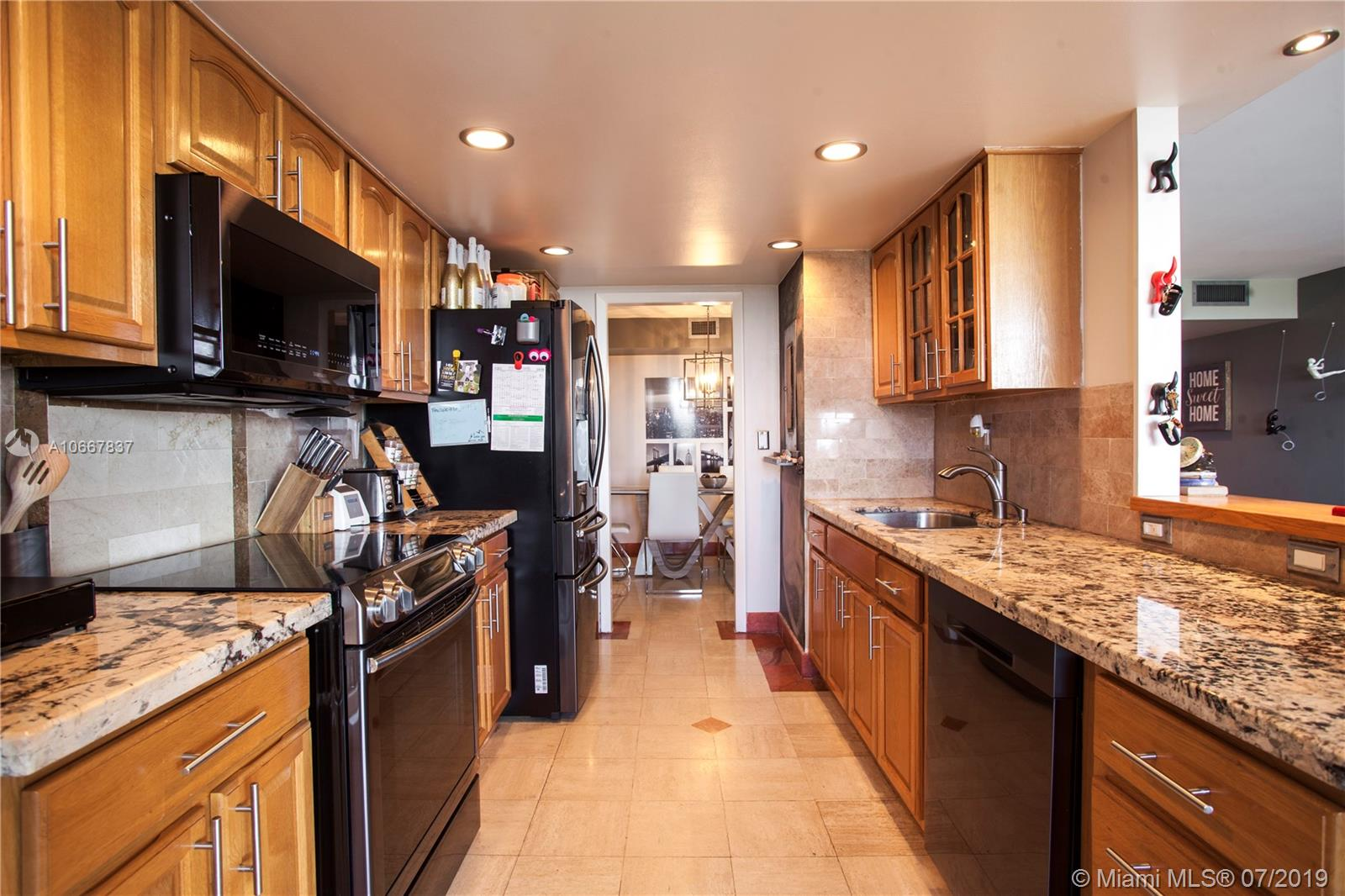 1000  Quayside Ter #1405 For Sale A10667837, FL