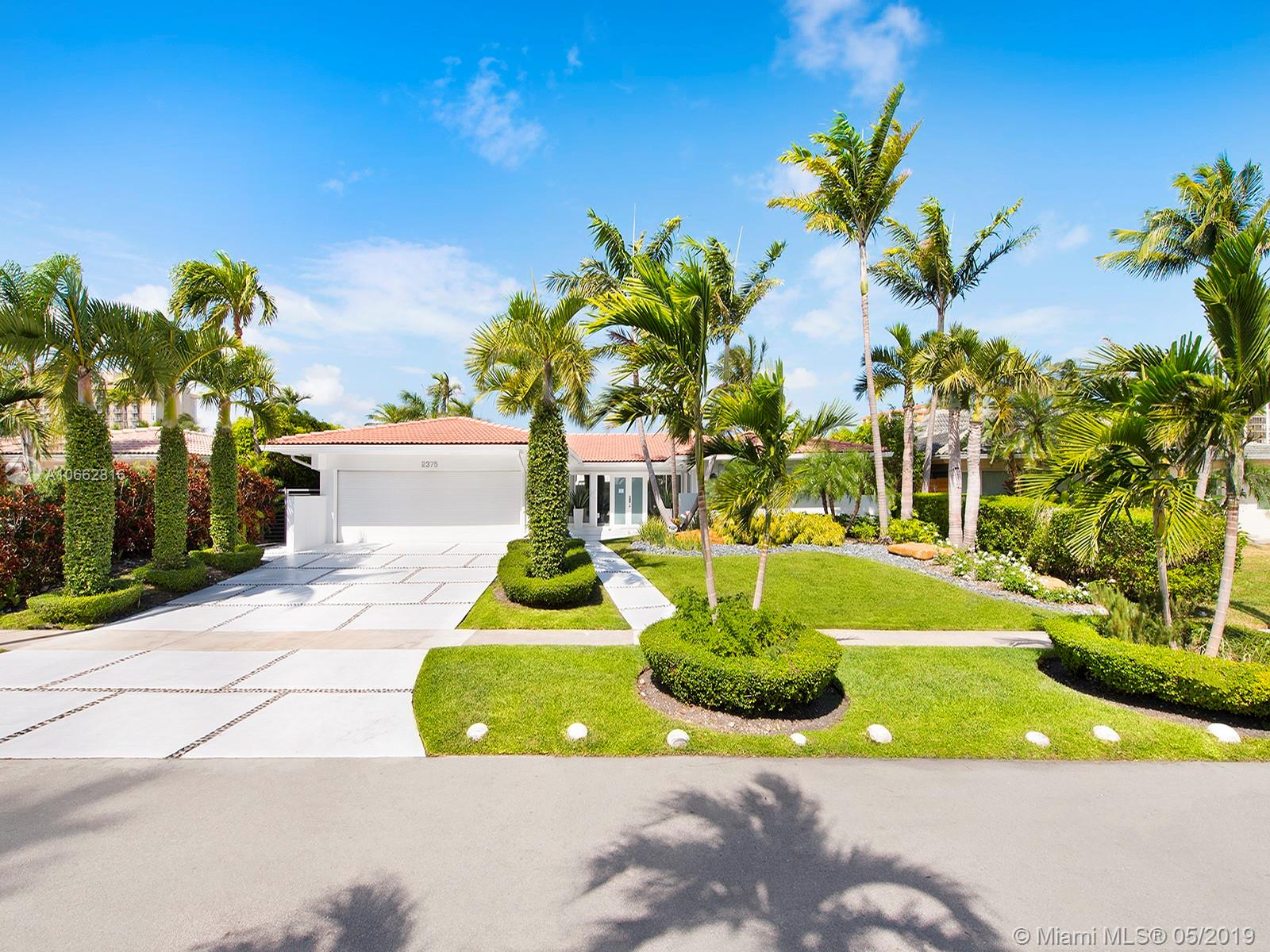 2375  Magnolia Dr  For Sale A10662816, FL