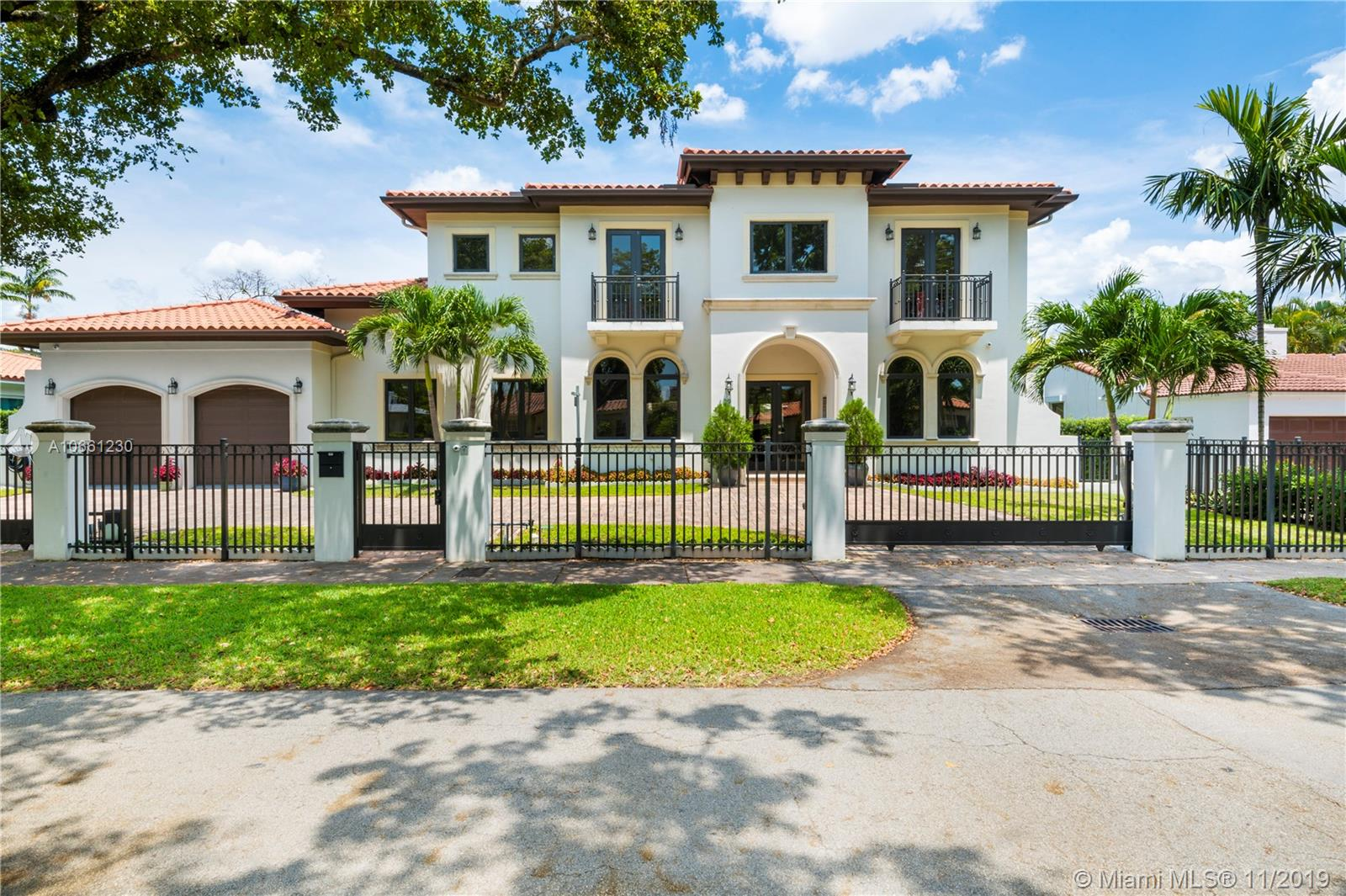 629  Madeira Ave  For Sale A10661230, FL