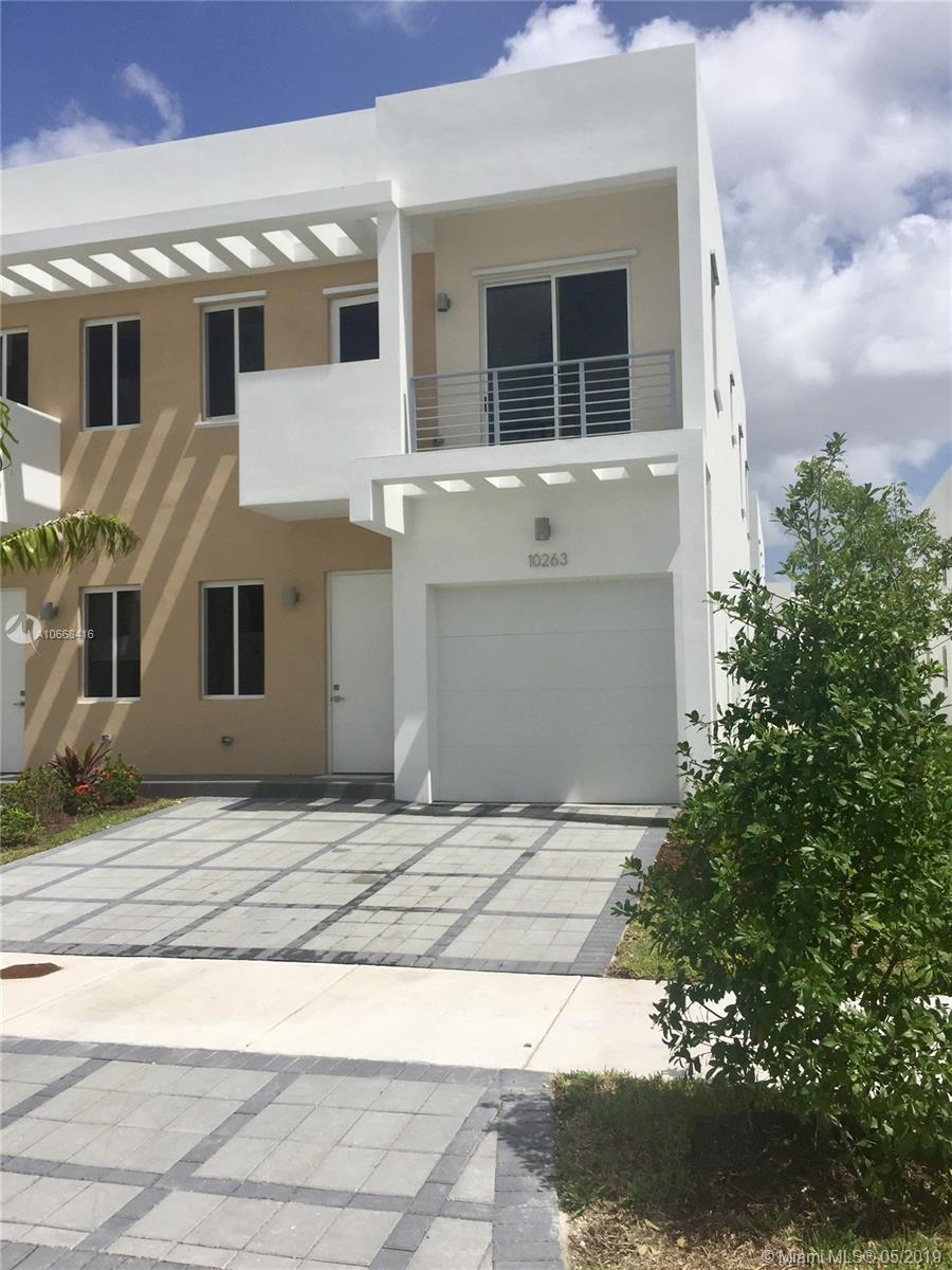 10263 NW 72 St #10263 For Sale A10668416, FL