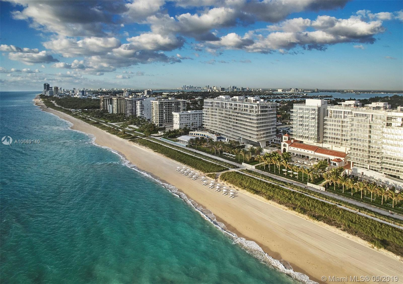 9001  Collins Ave   S-307