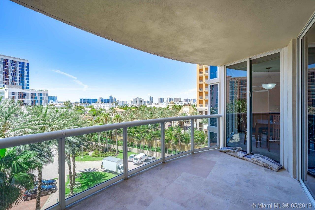 17555  Collins Ave   607