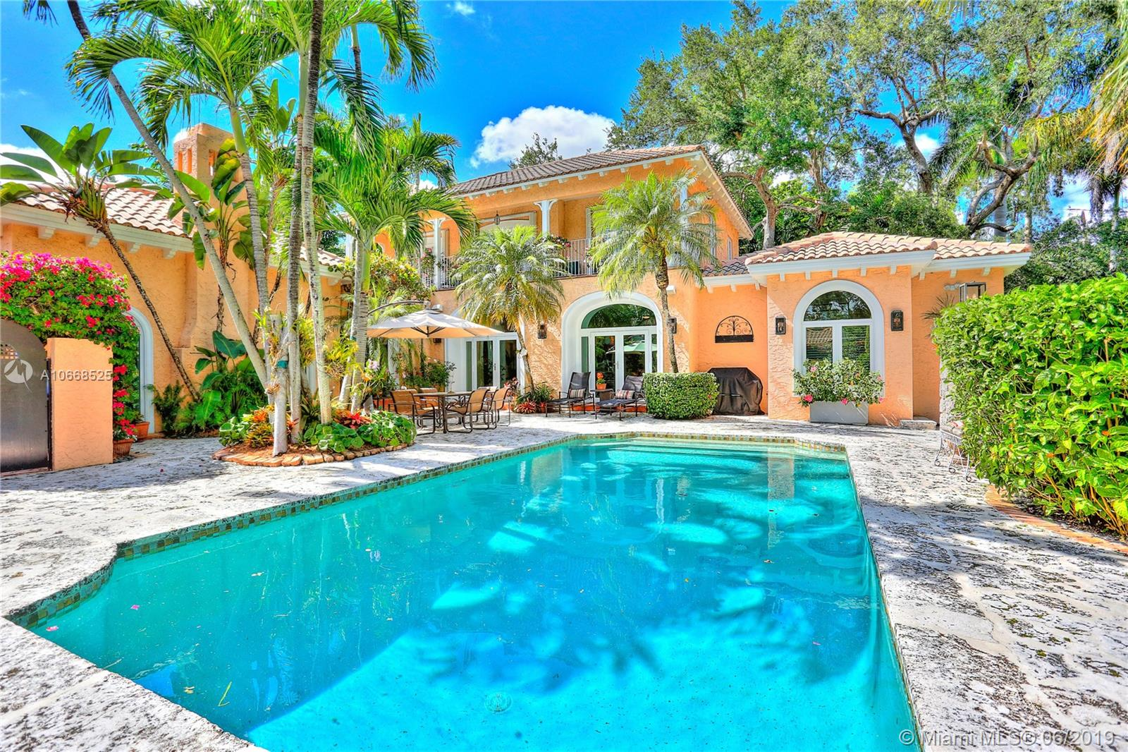 3845  Wood Ave  For Sale A10668525, FL
