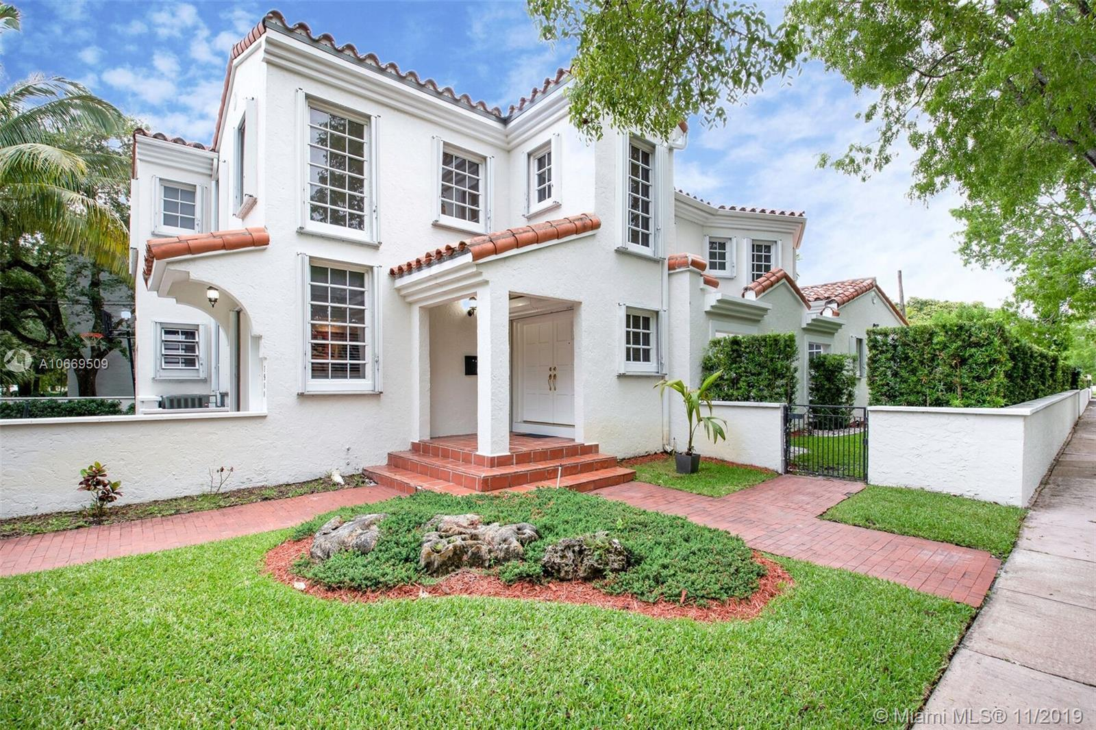 1900  Pizarro St  For Sale A10669509, FL