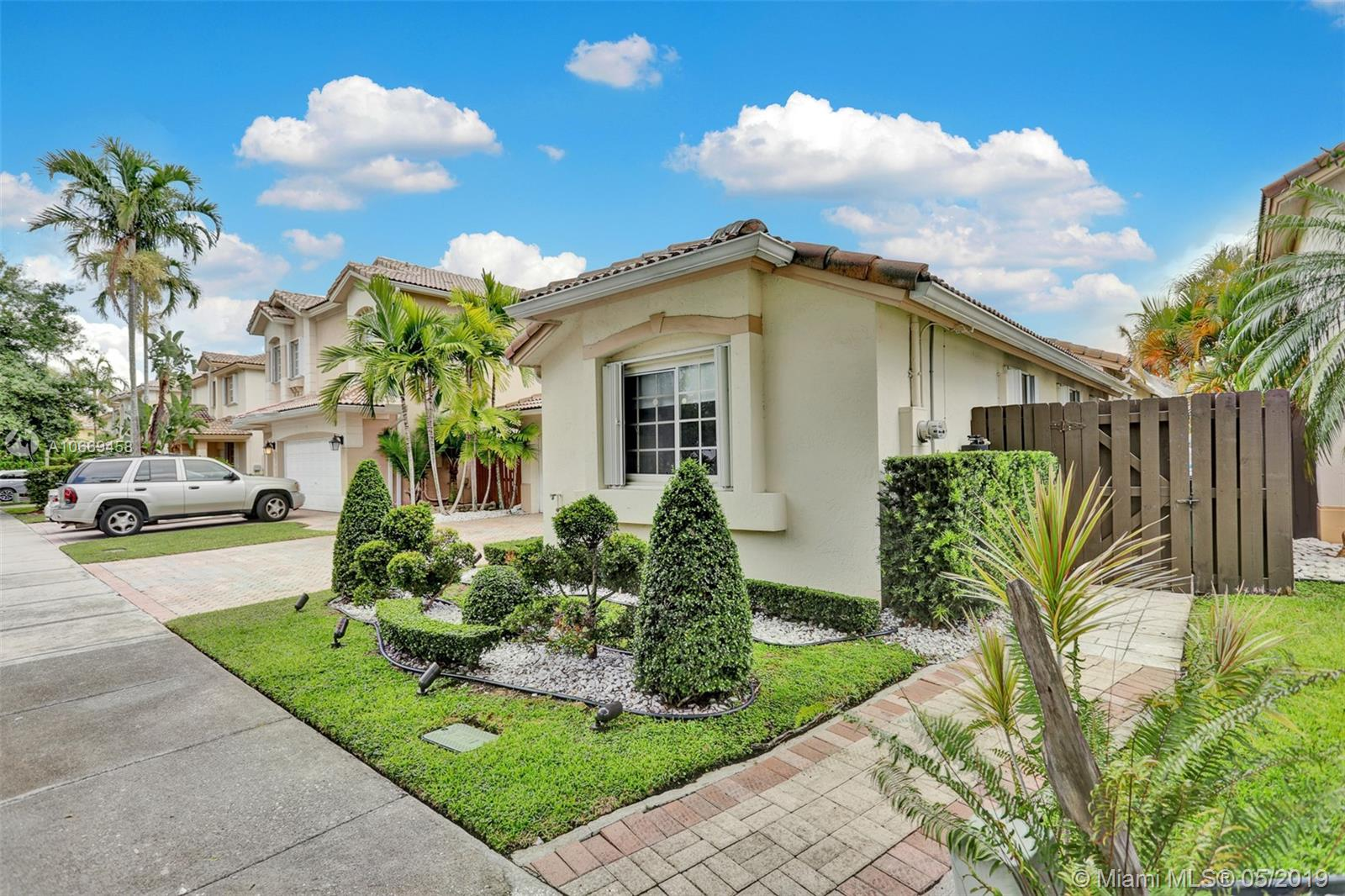 10964 NW 73rd St  For Sale A10669458, FL