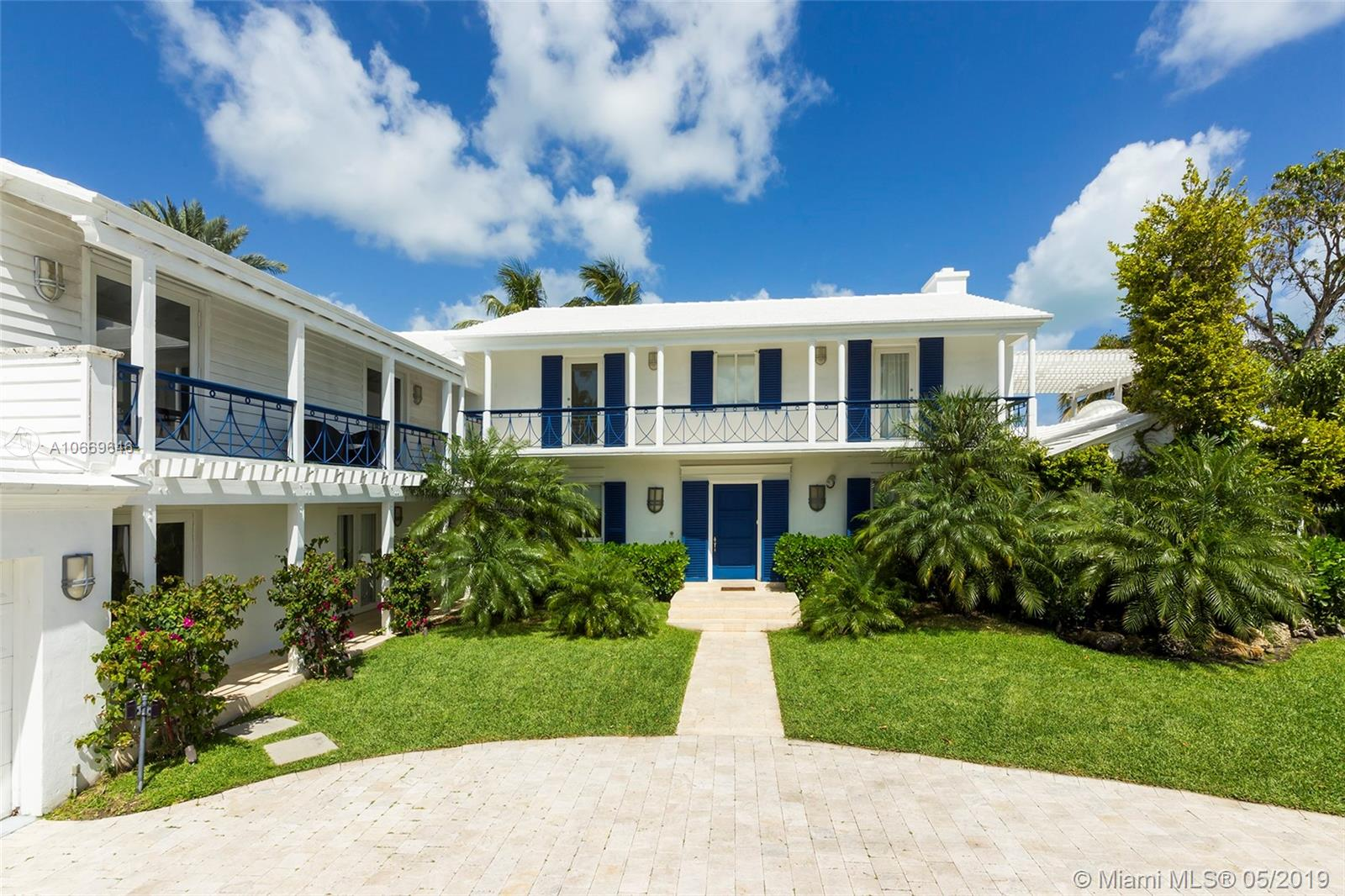 2581  Lake Ave  For Sale A10669646, FL