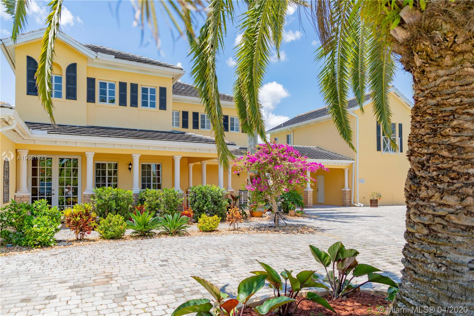35380 SW 218th Ave  For Sale A10661823, FL