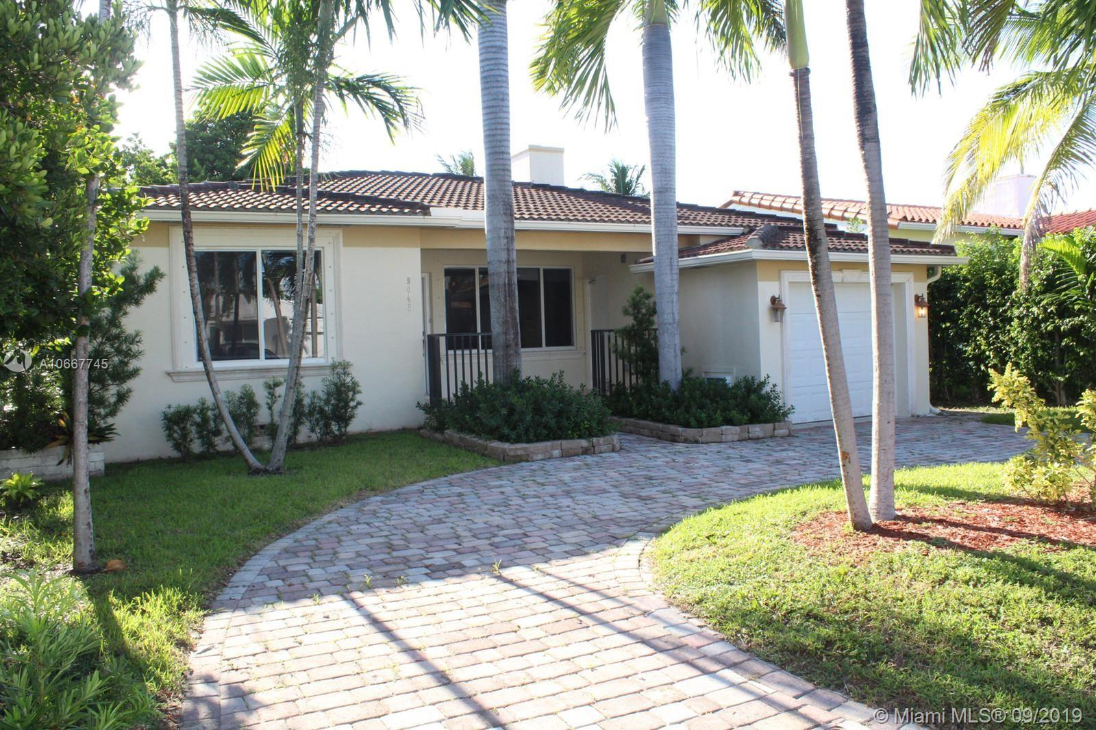 9048  Emerson Ave  For Sale A10667745, FL