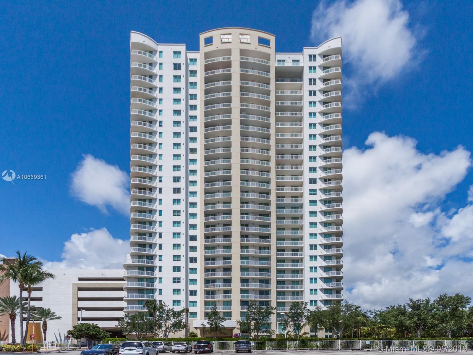 1755 E Hallandale Beach Blvd #MEZ7E For Sale A10669361, FL