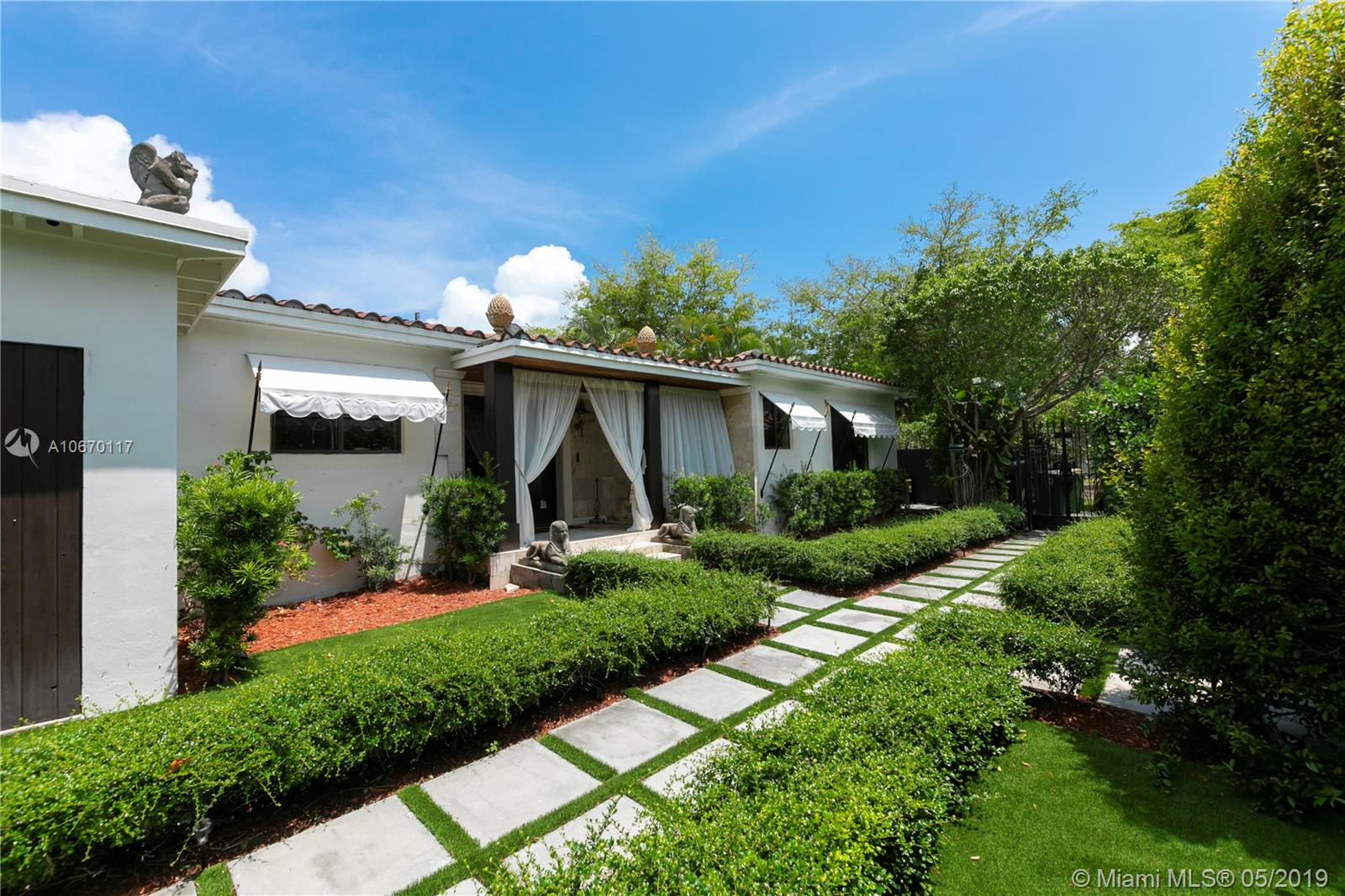 13205 N Miami Ave  For Sale A10670117, FL