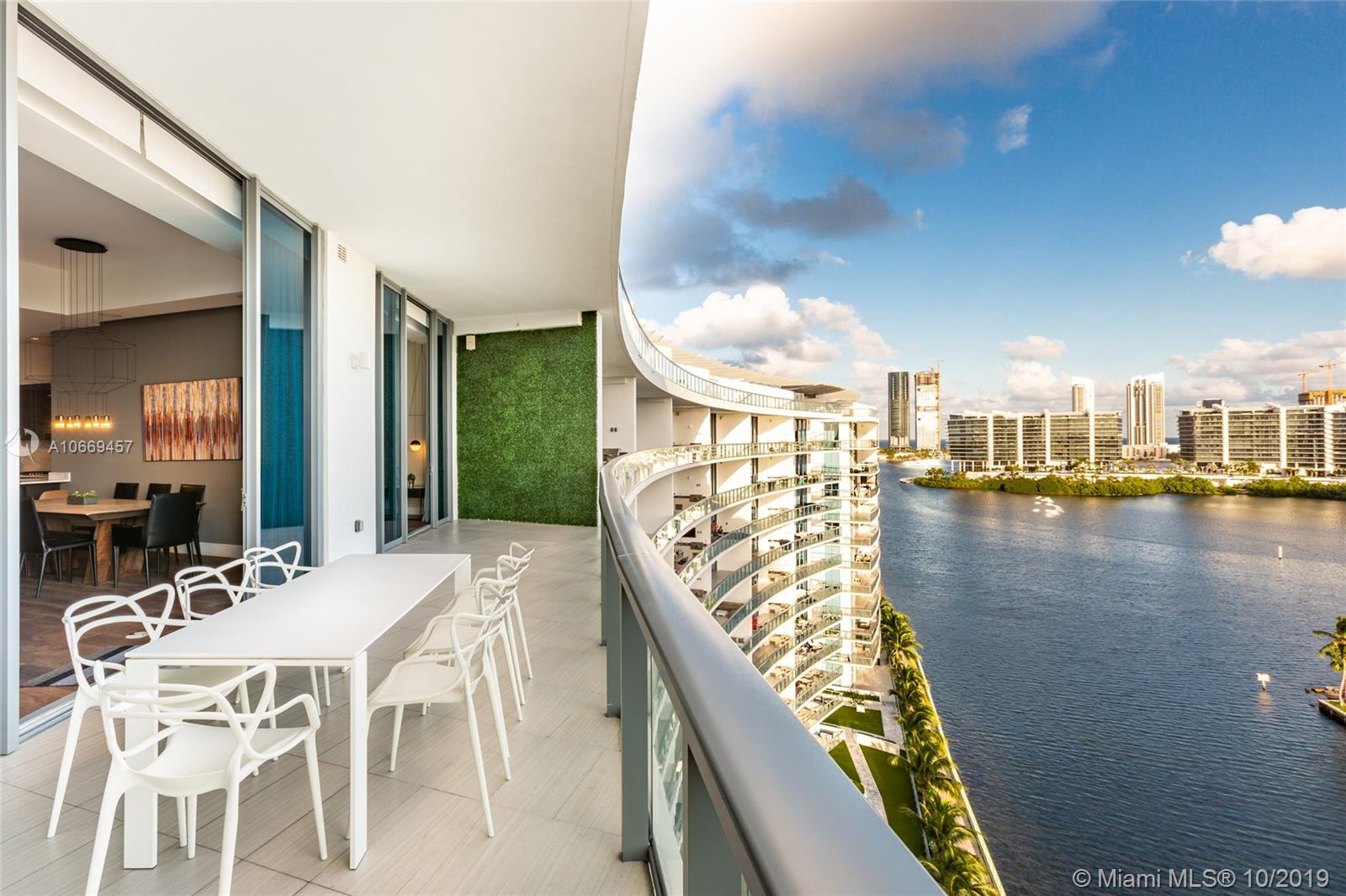 3250 NE 188th St #UPH02 For Sale A10669457, FL
