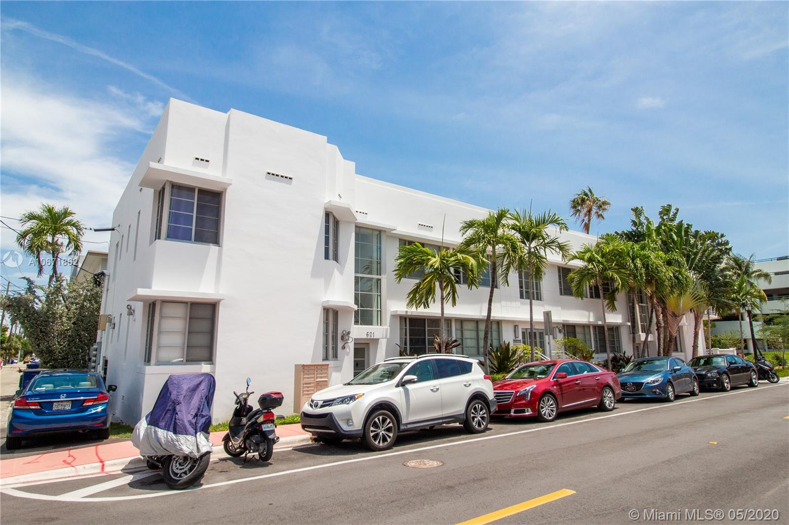 621  11th St #103 For Sale A10671862, FL