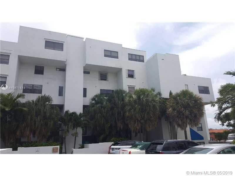 441  Poinciana Dr #1520 For Sale A10671813, FL